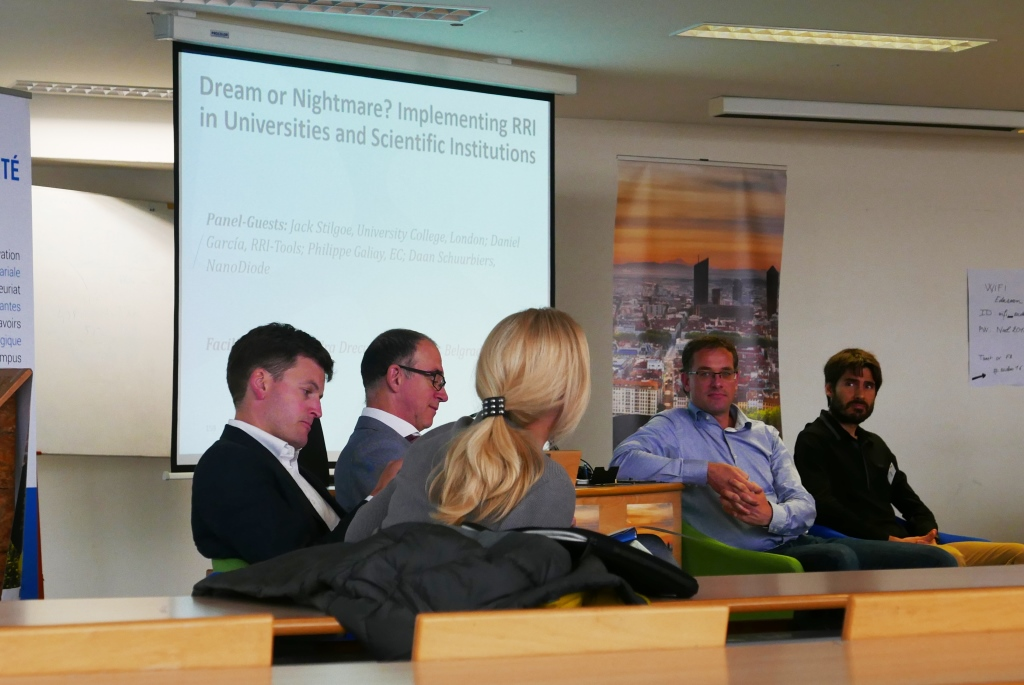 Dream or Nightmare? The panel discussion reflects on the challenges and opportunities of implementing RRI in research institutions. Panel participants, from left to right: Jack Stilgoe, Philippe Galiay, Aleksandra Drecun (moderator), Daan Schuurbiers, and Daniel Garcia Jiminez.